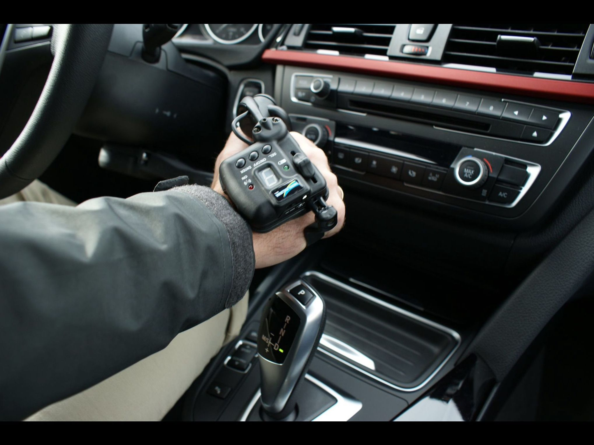 Foto 23 de Adaptación de vehículos para discapacitados en Siero | Cabal Automoción Bosch Car Service