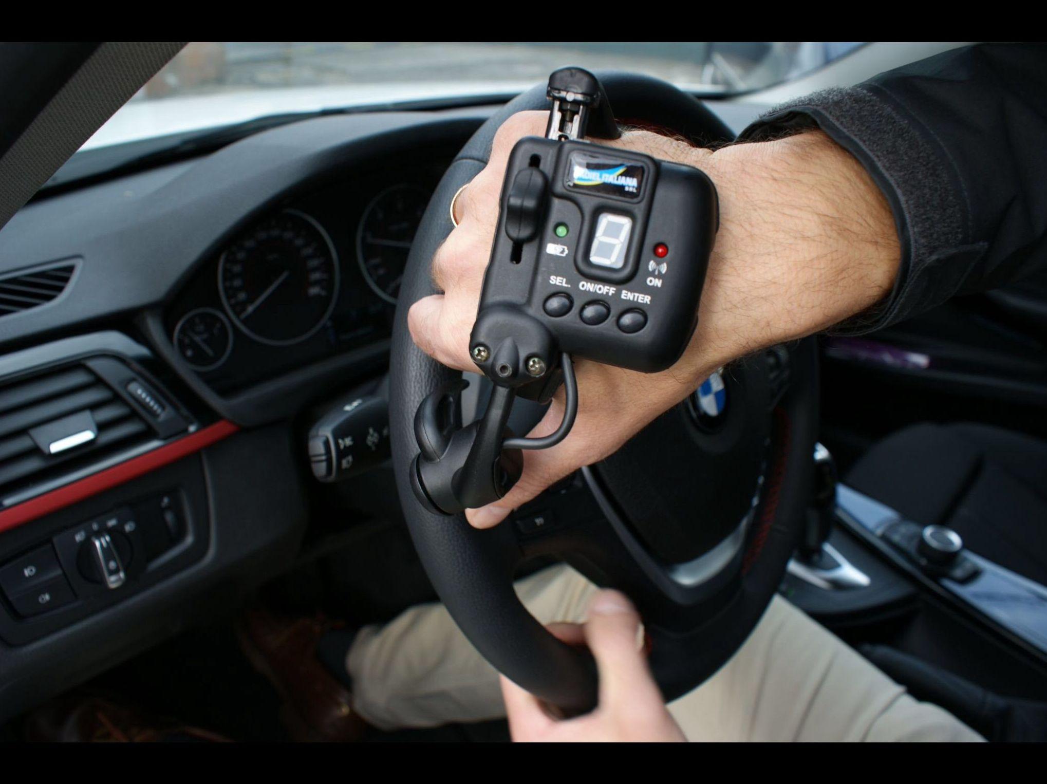 Foto 14 de Adaptación de vehículos para discapacitados en Siero | Cabal Automoción Bosch Car Service