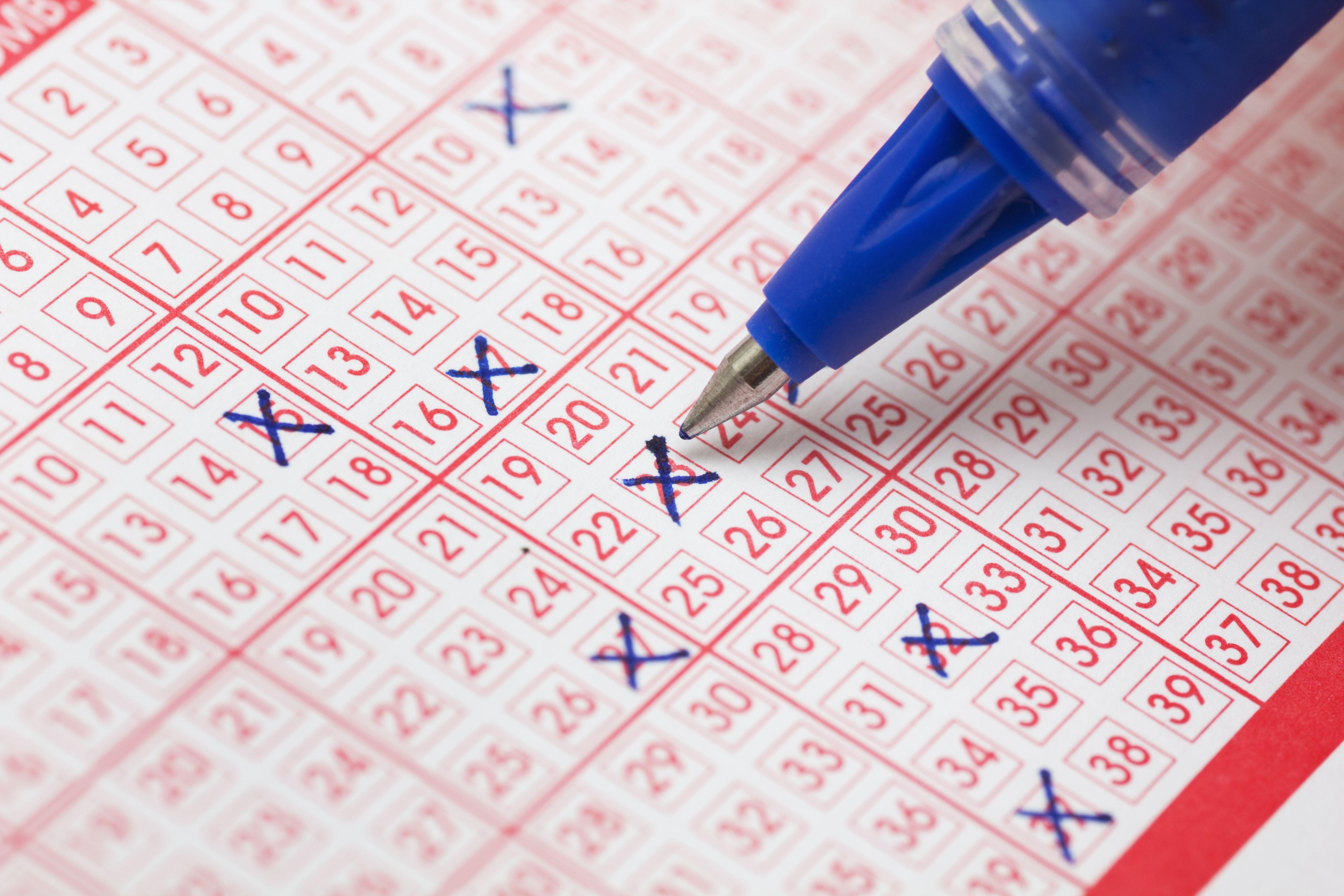 Loterías y apuestas del estado:  de PAPELERÍA LOZANO