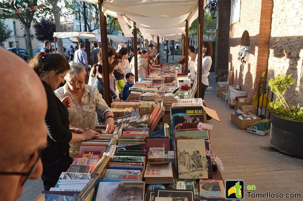 Estand en la Feria del Libro