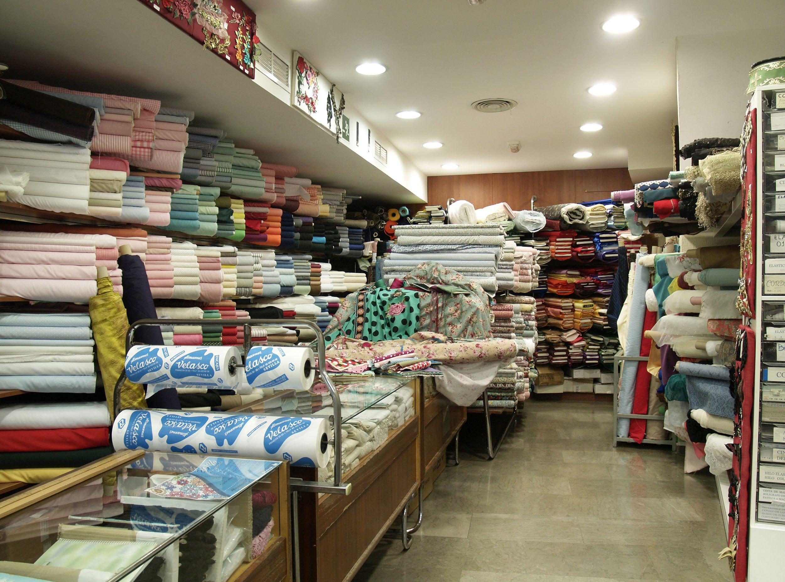 Tienda de venta de tejidos en Sevilla