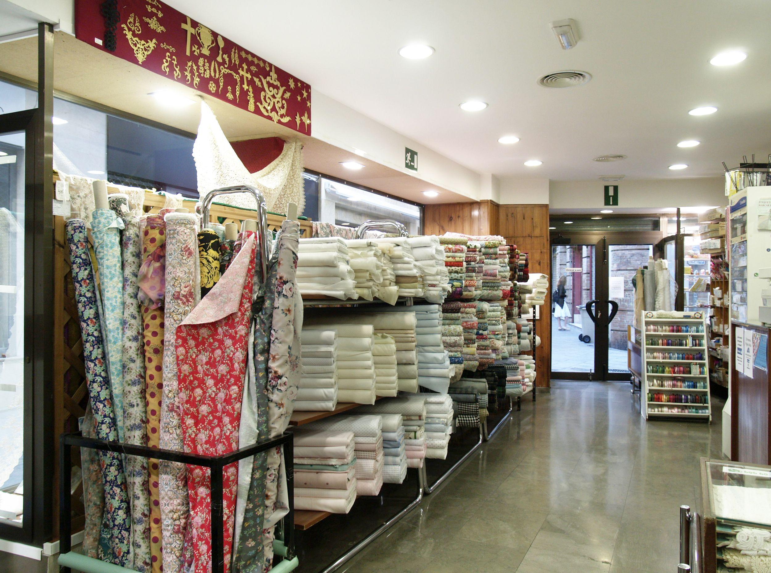 Almacén de telas en Sevilla
