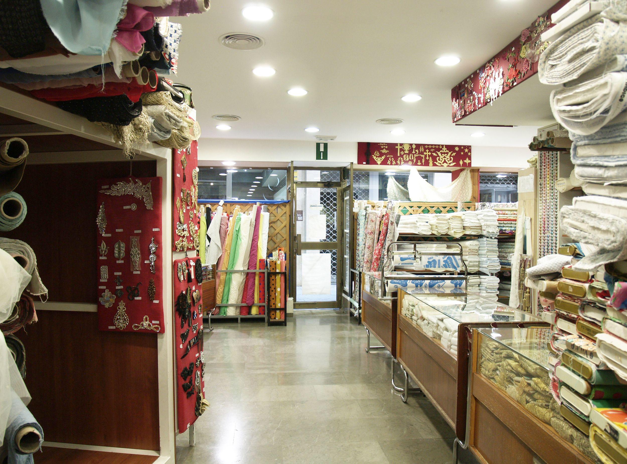Venta de tejidos en Sevilla
