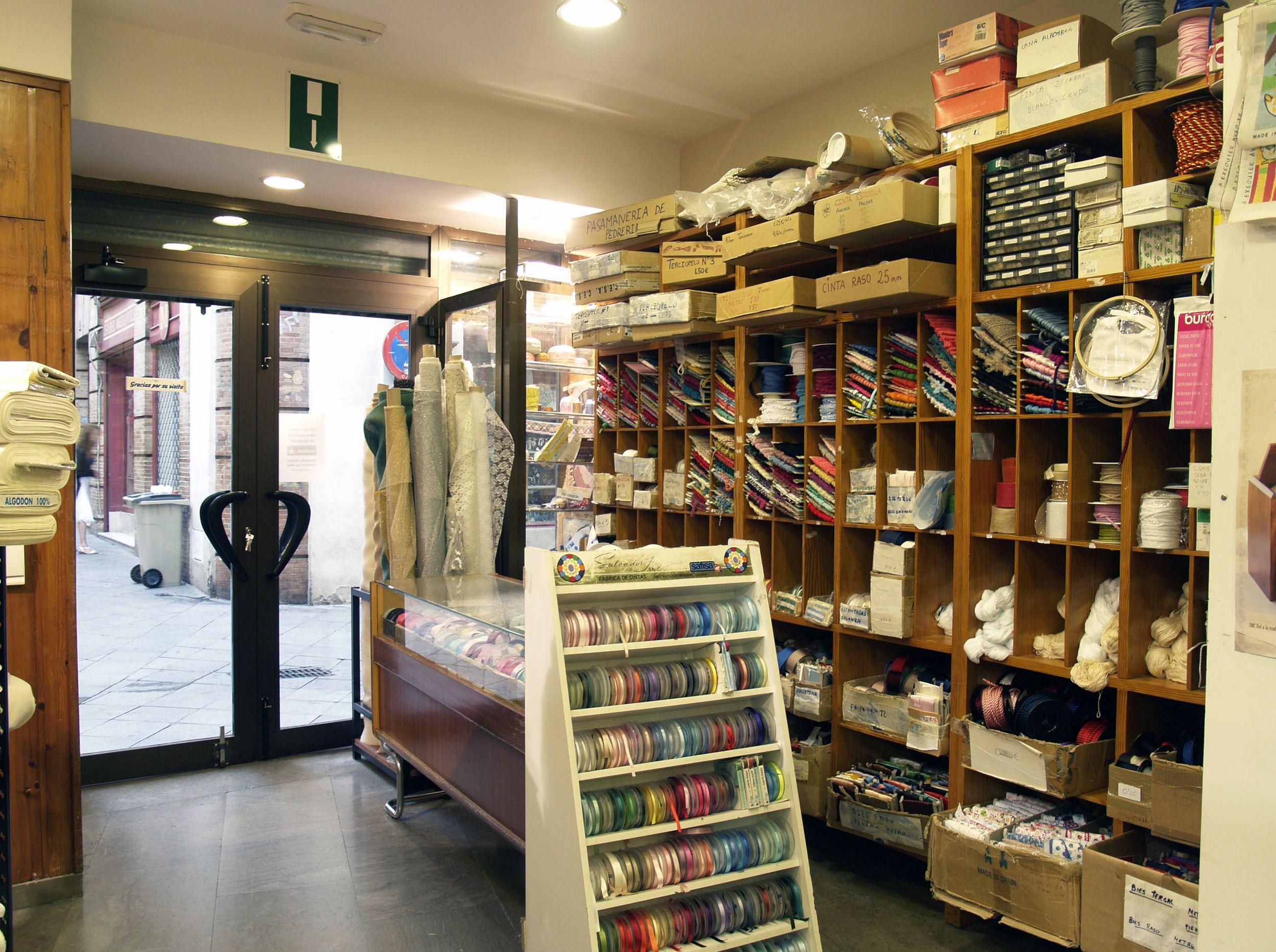 Tienda de telas y tejidos en Sevilla