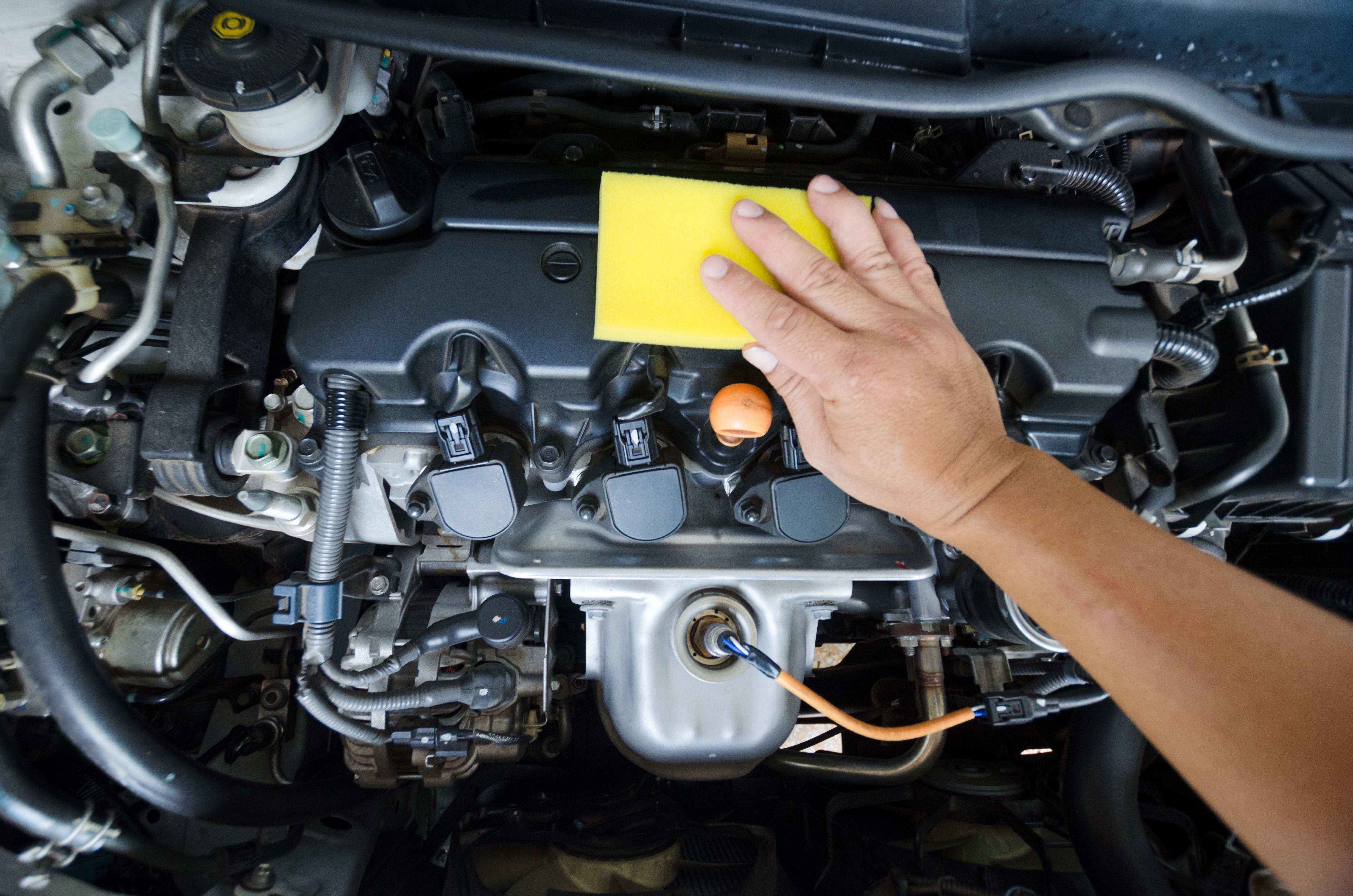 Limpieza integral del vehículo: carrocería e interiores