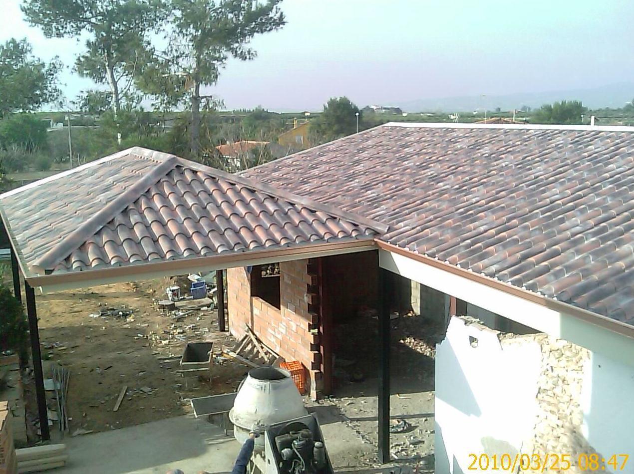 Foto 1 de Instalación y rehabilitación de fachadas y cubiertas en  | KILPA