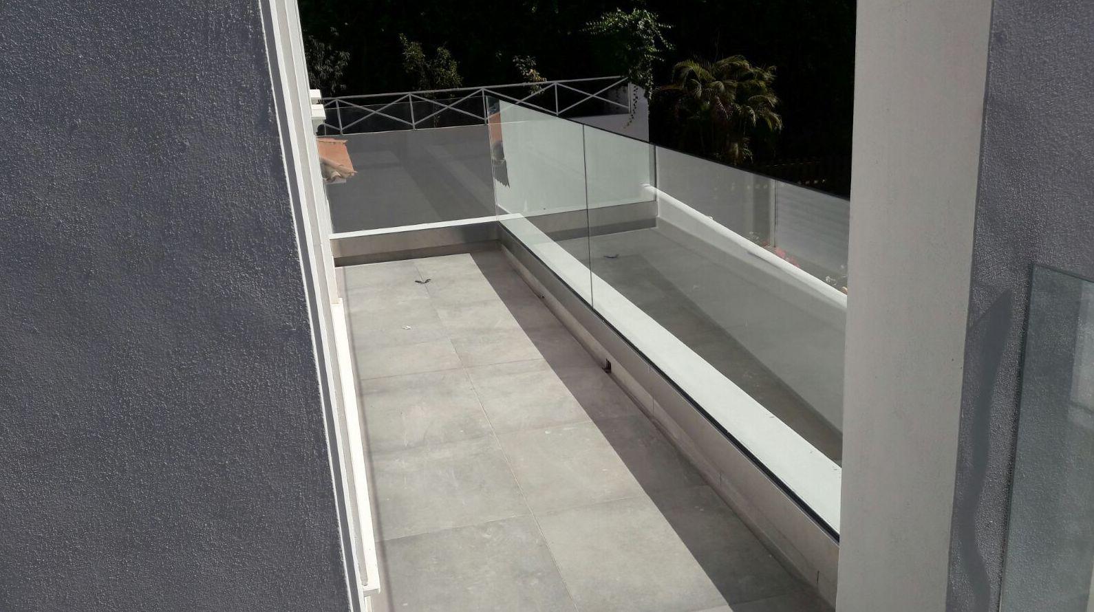 Balcón en cristal