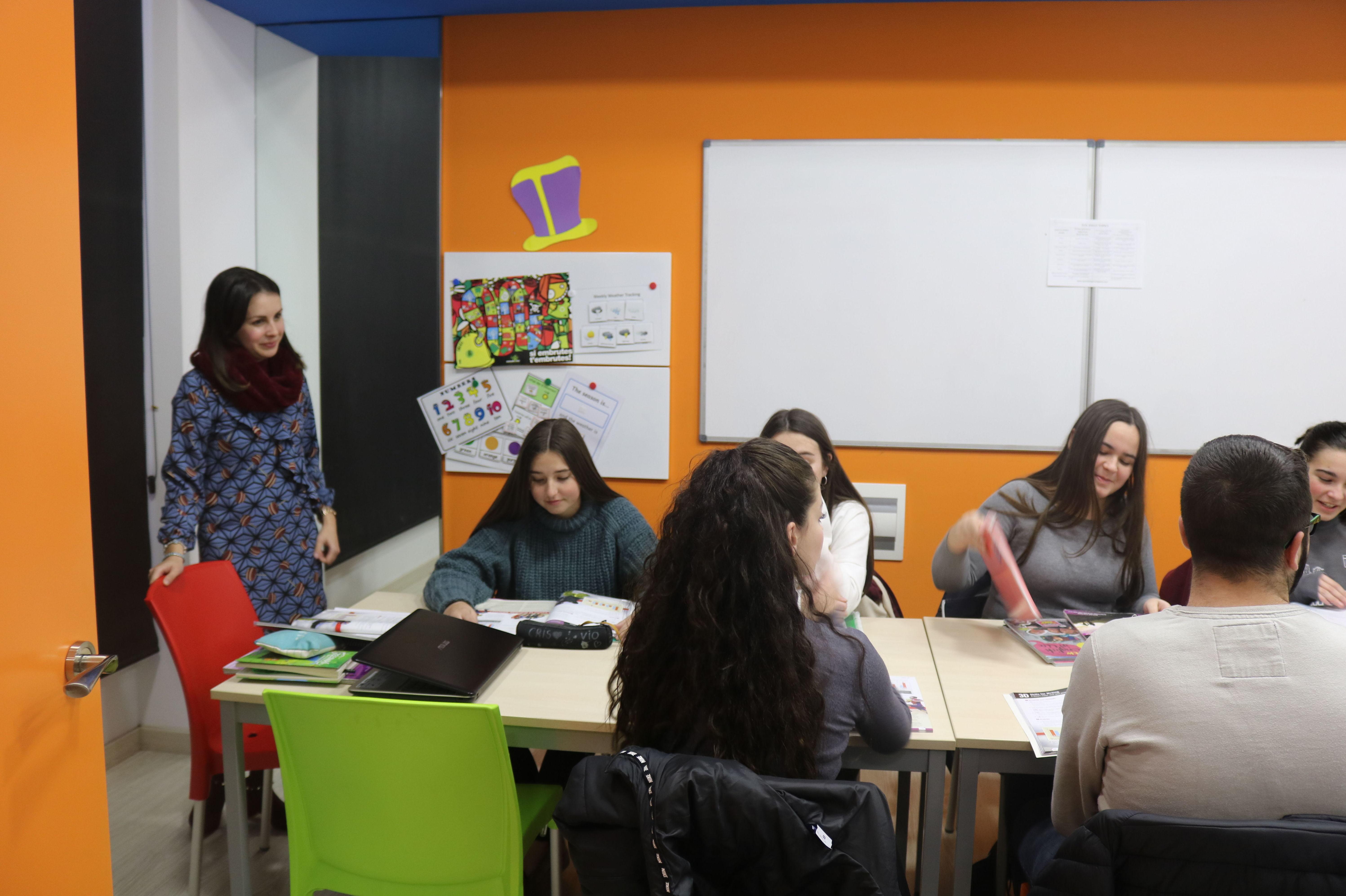 Foto 12 de Academias de idiomas en Moncada | Centre d'Estudis Etnies