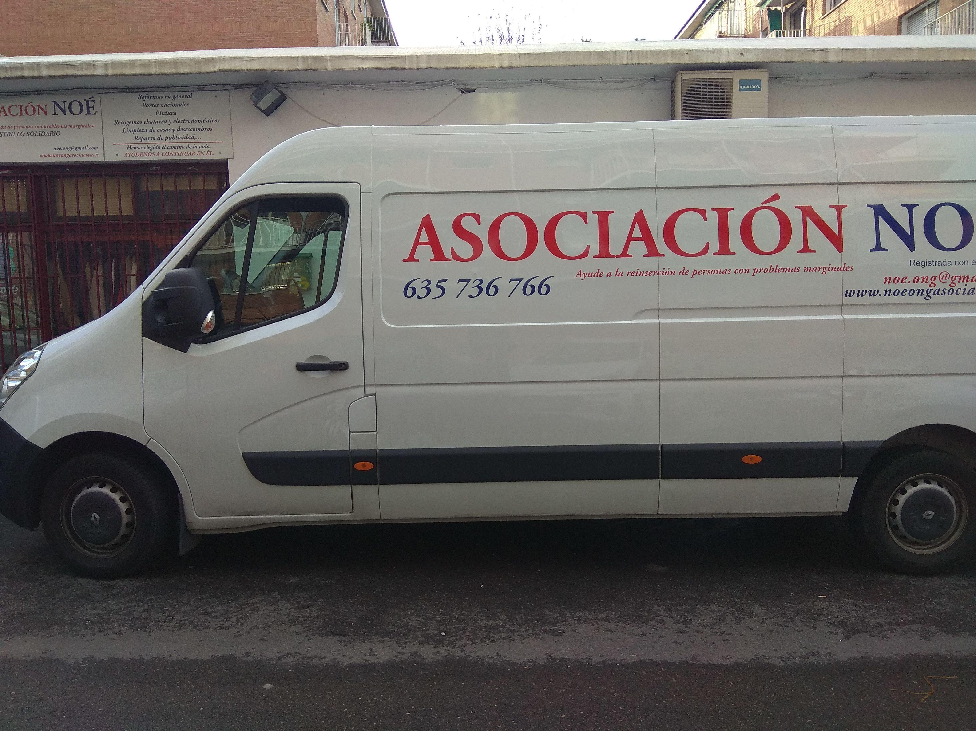 Foto 4 de Muebles en Madrid | Asociación Noé