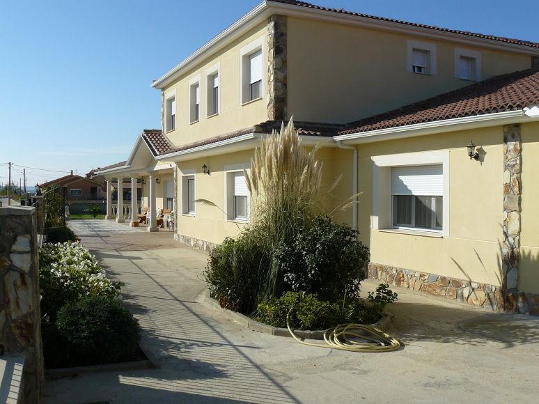 Foto 2 de Residencias geriátricas en Coreses | Residencia de Mayores San Raimundo
