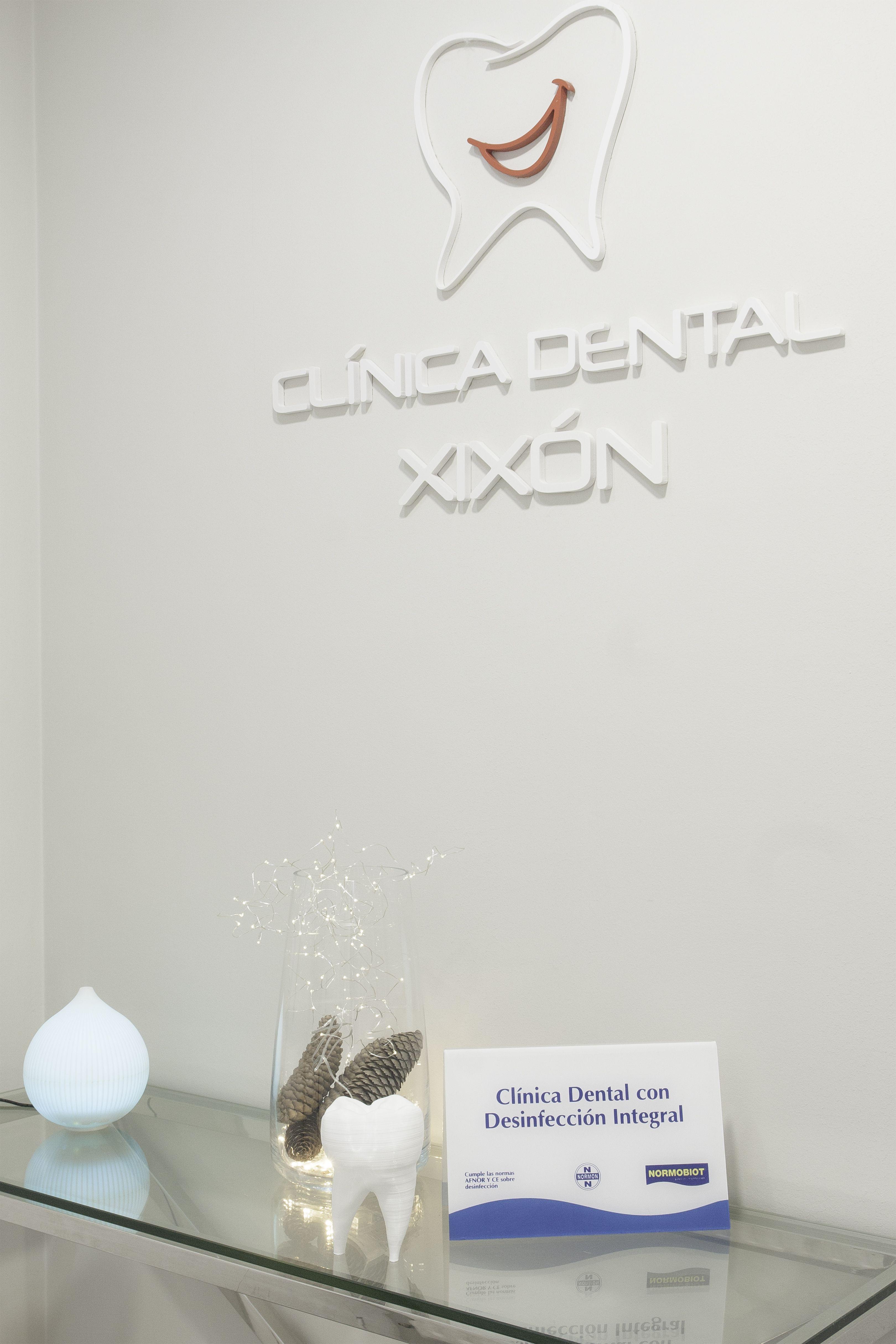 Entrada de la Clínica Dental Xixón
