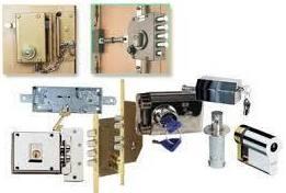 Servicios de seguridad de automatismos, cerraduras y puertas: