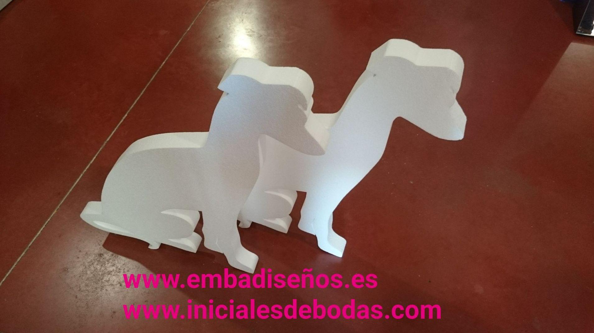 Embadiseños. Diseño y fabricación de figuras de poliespán