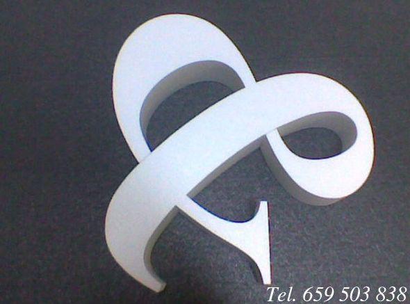 Letras y logotipos en poliespan