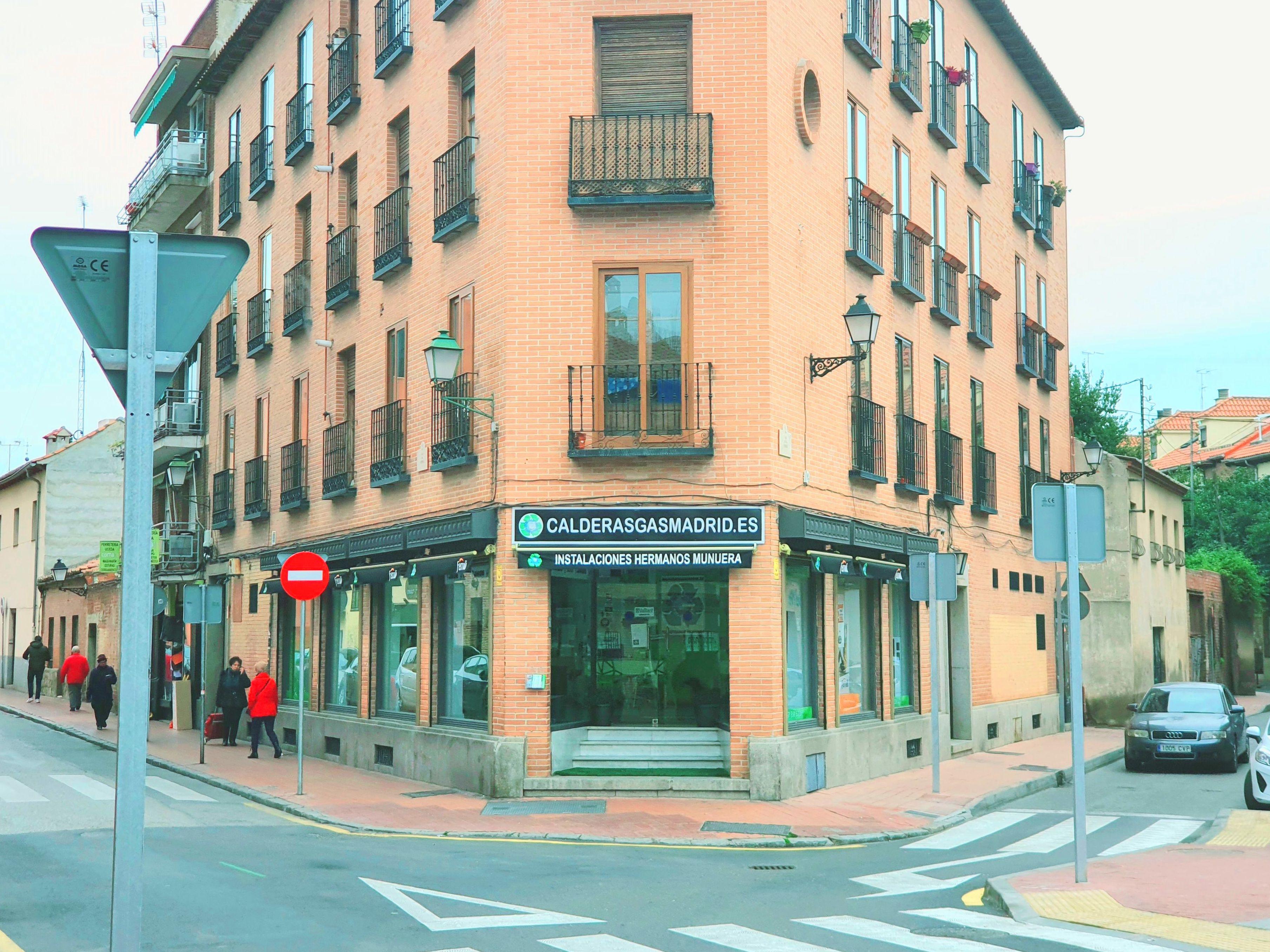 VENTA INSTALACION DE CALDERAS MADRID INSTALACIONES HERMANOS MUNUERA