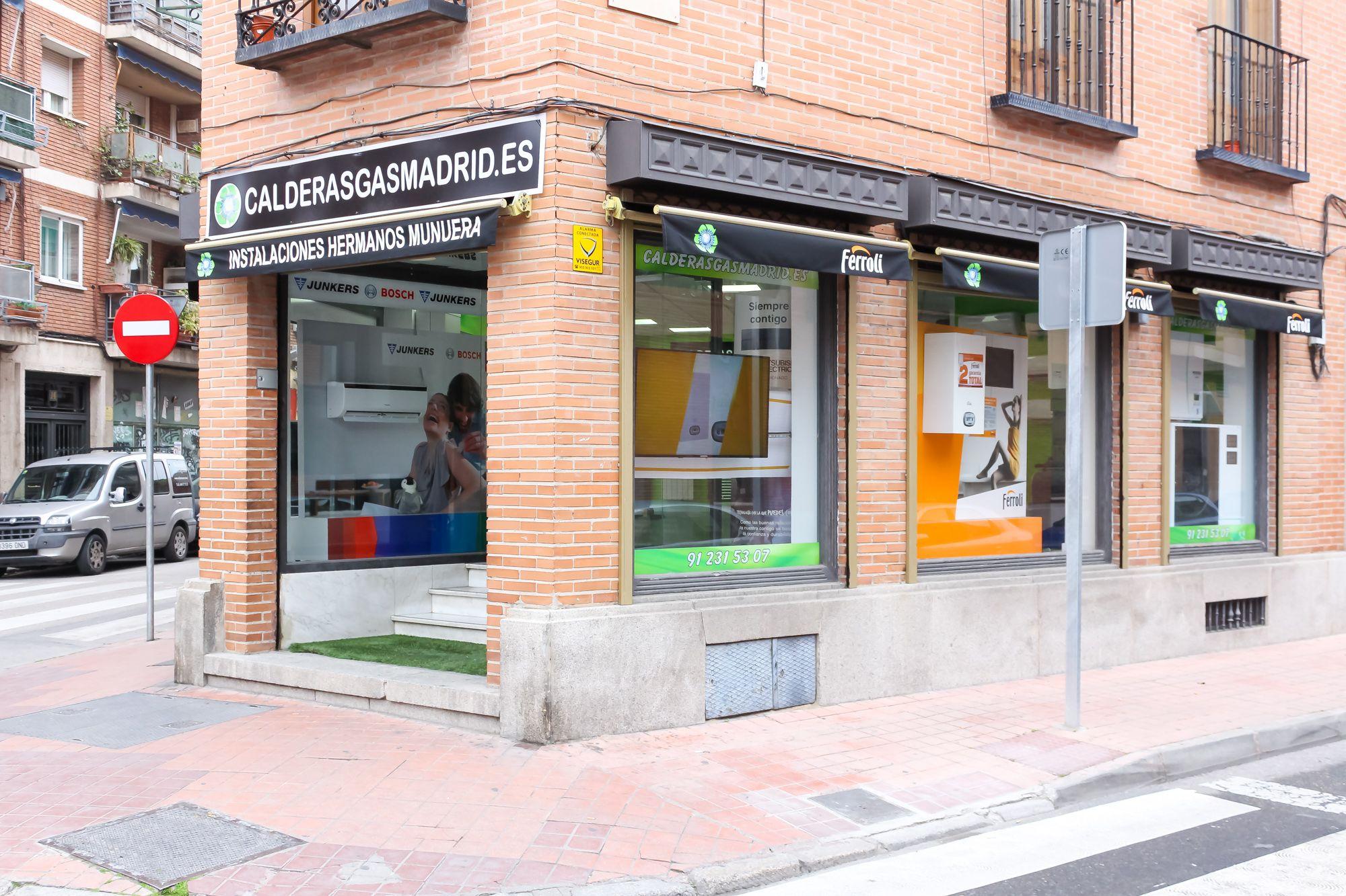 Foto 1 de Calderas en  | Instalaciones Hermanos Munuera