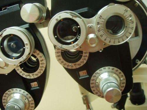 Foto 10 de Ópticas en Collado Villalba | Centro Óptico Real XXI