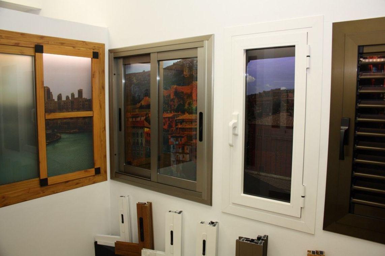 Ventanas de aluminio cat logo de persianas valero for Ver precios de ventanas de aluminio