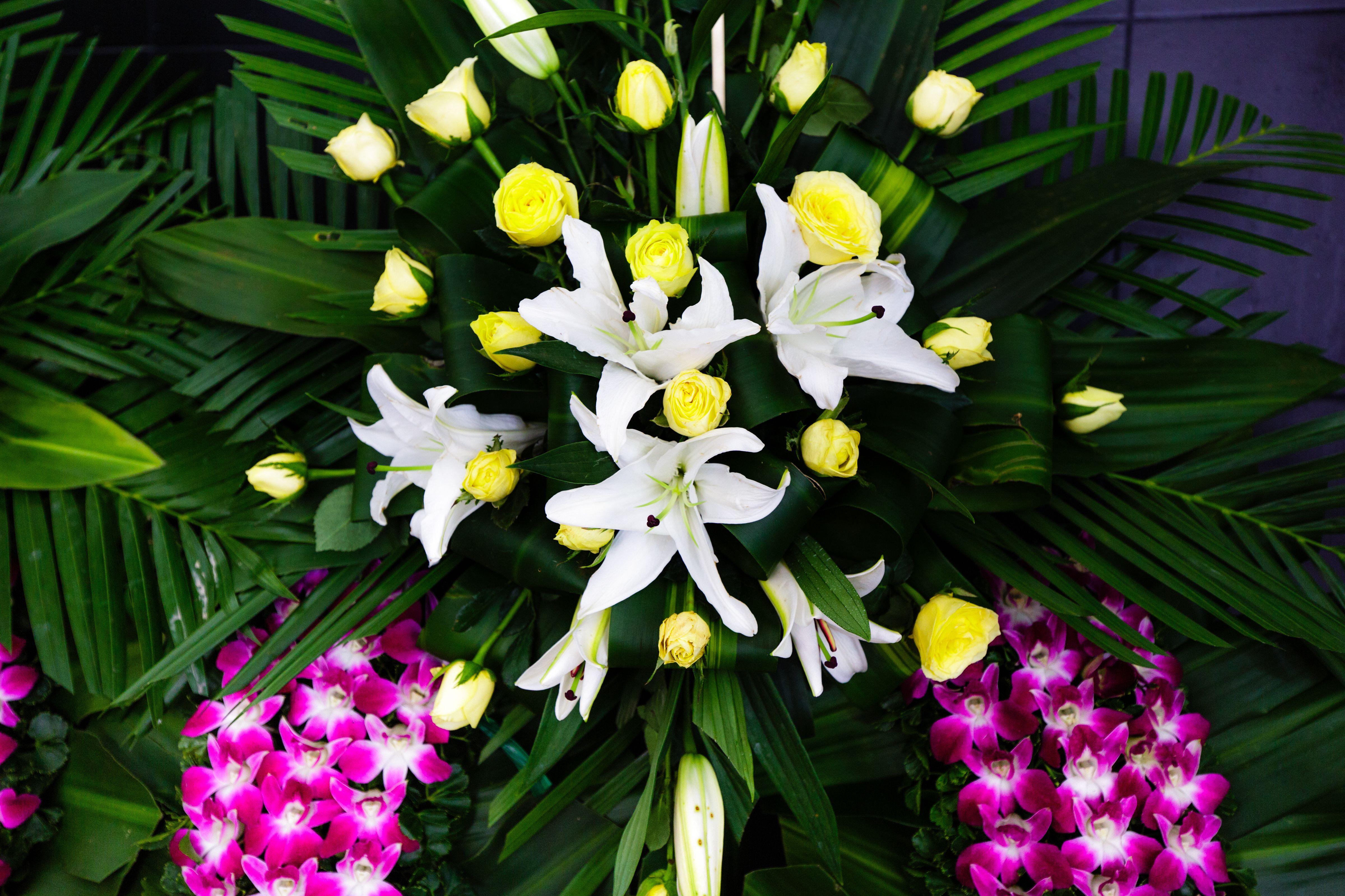 Arte floral funerario en Molins de Rei