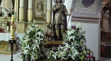 Decoración de Santos y Pasos de Procesión: Servicios de Floristería, Perfumería, Pajarería Herboflor