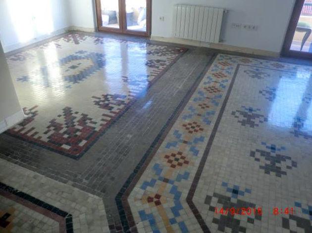 Restauración de suelos de mosaico en Cartagena