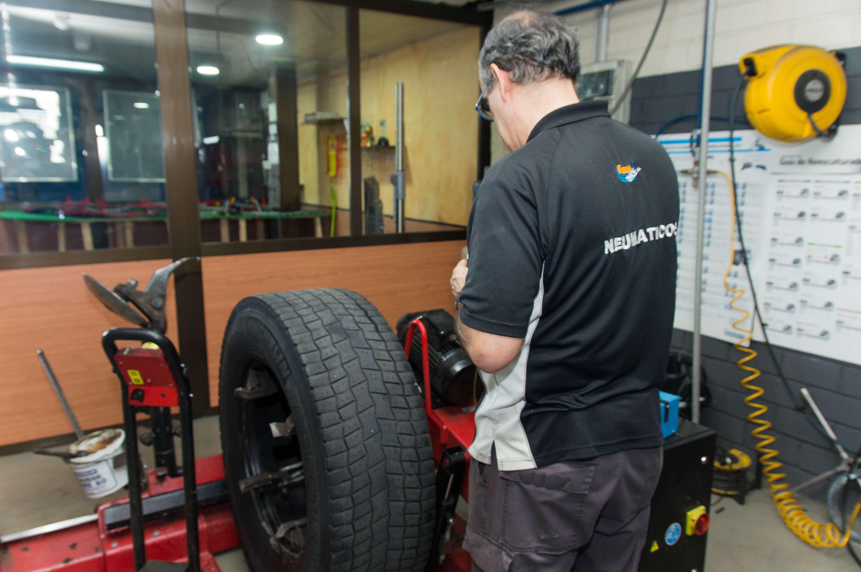 Reparamos tus neumáticos o los cambiamos en Valdemoro