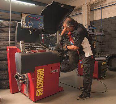 Neumáticos: Servicios de Dismatyre