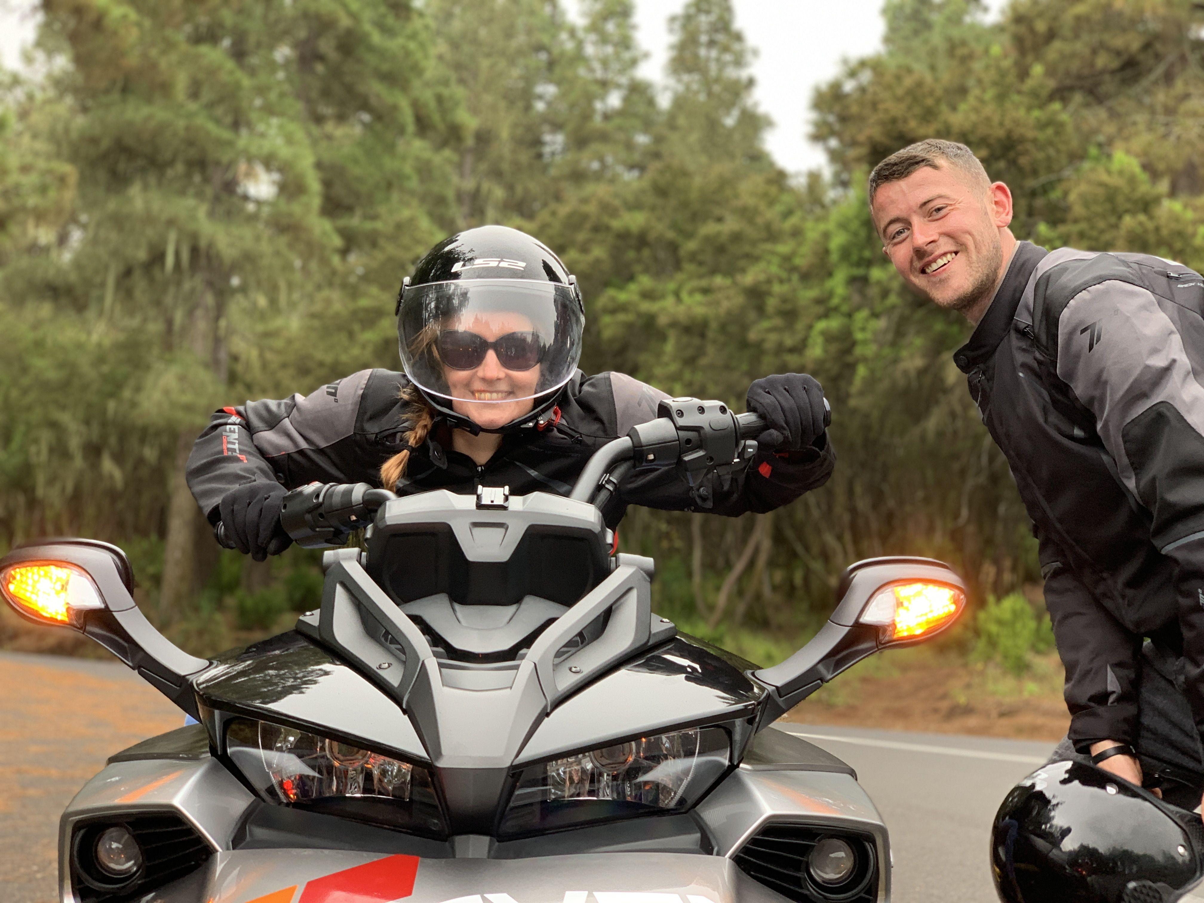Vive una aventura conduciendo nuestras motos de tres ruedas