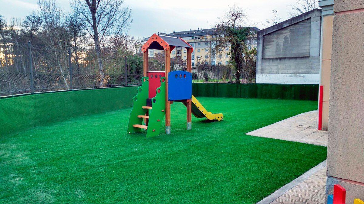 Venta e instalación de césped artificial: Centro de jardinería de A Campiña de Lemos