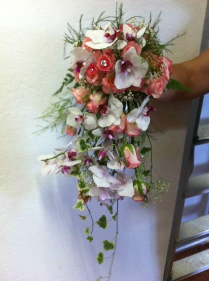 Ramos de novias: Servicios  de Floristería Tías
