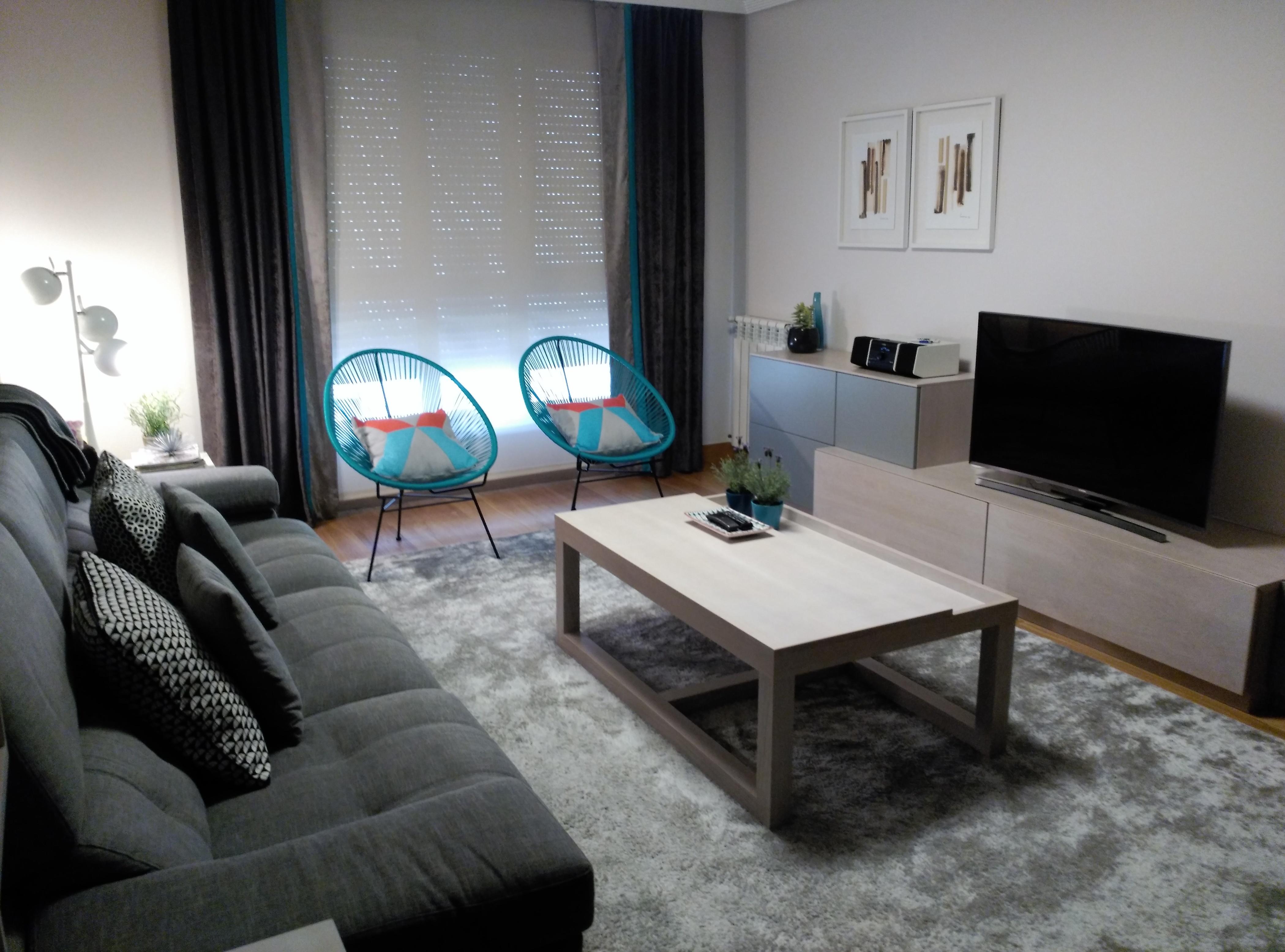 Decoración de salón con un estilo muy actual.