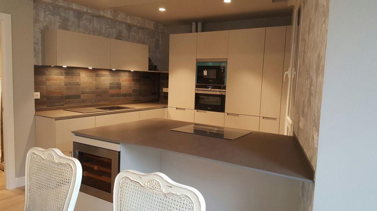 Diseño cocina ,mobiliario de la marca Santos.