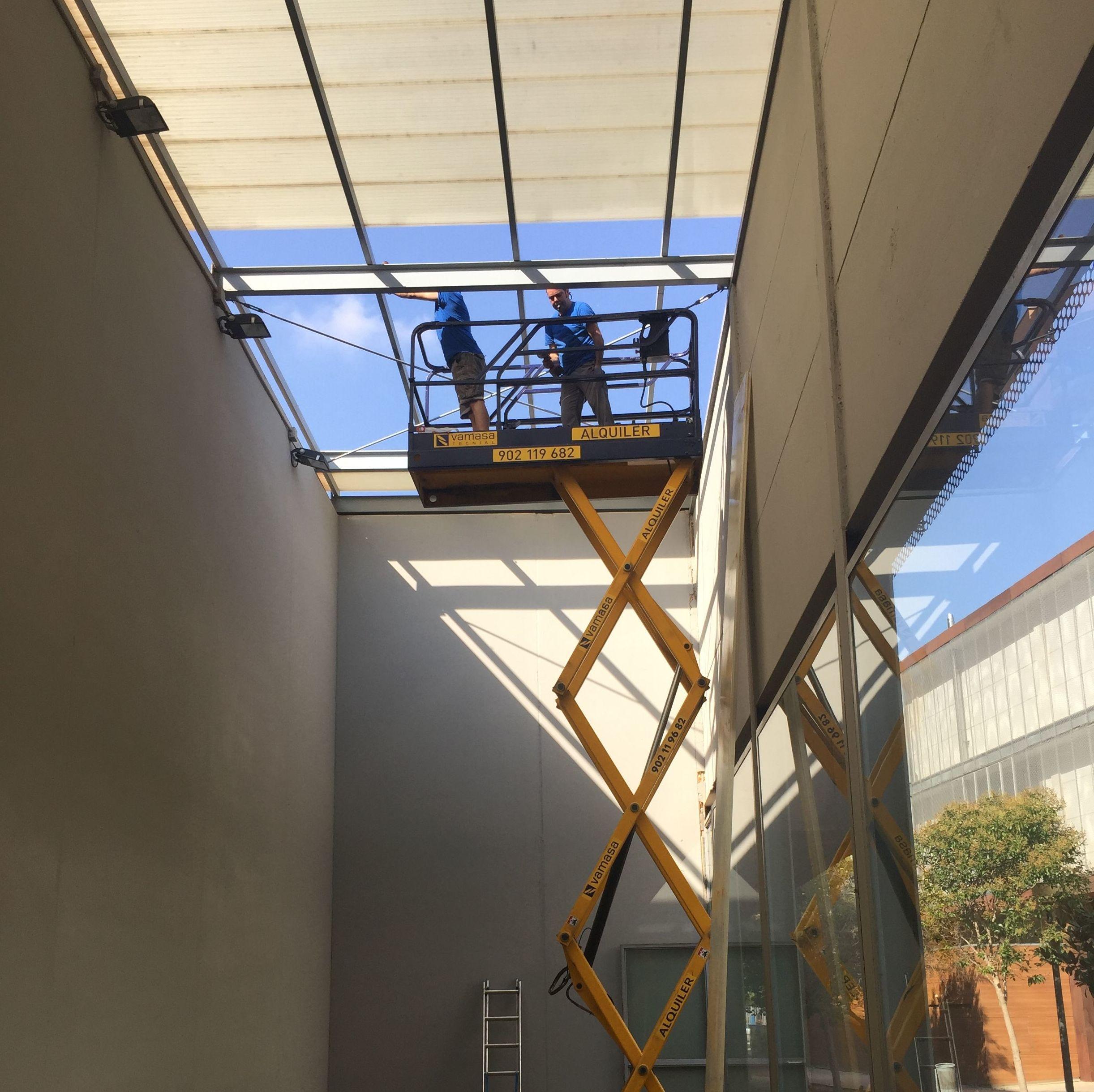 Trabajos de carpintería de aluminio en Valencia