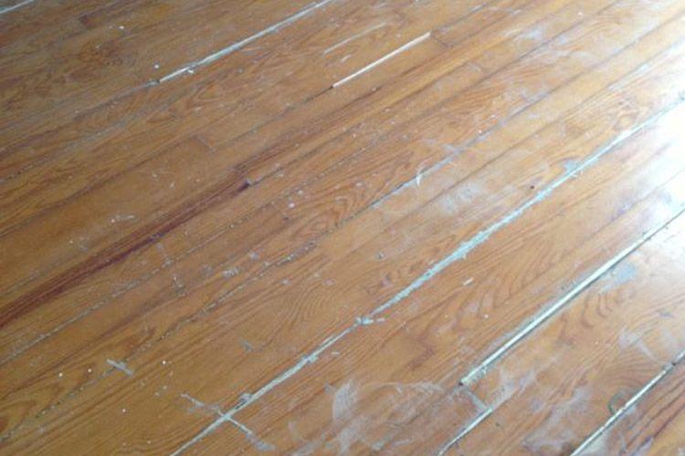 Tajonar, lijado y barnizado de suelo