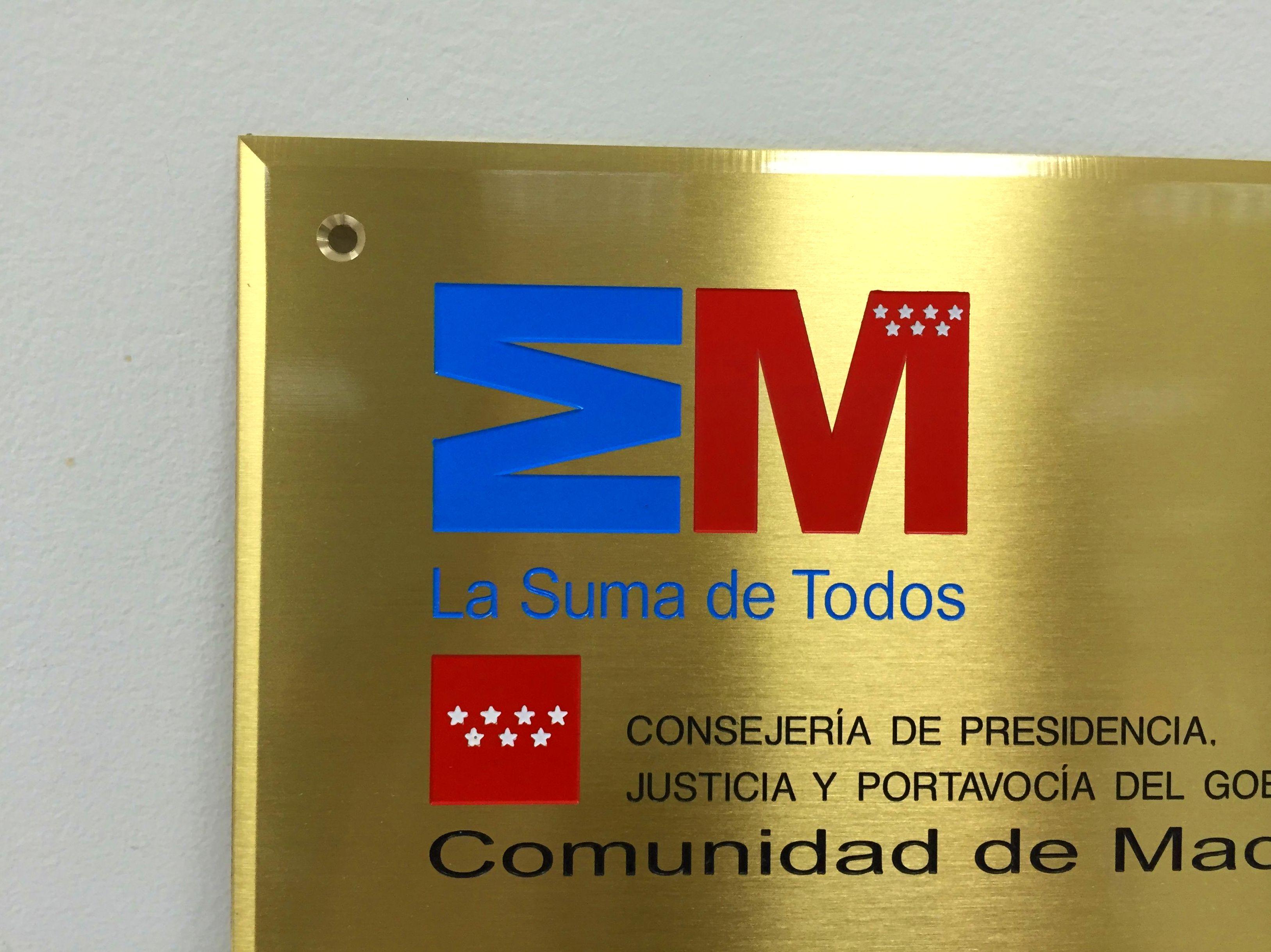 PLACA DE LATON CON TALADROS PARA INSTALACION