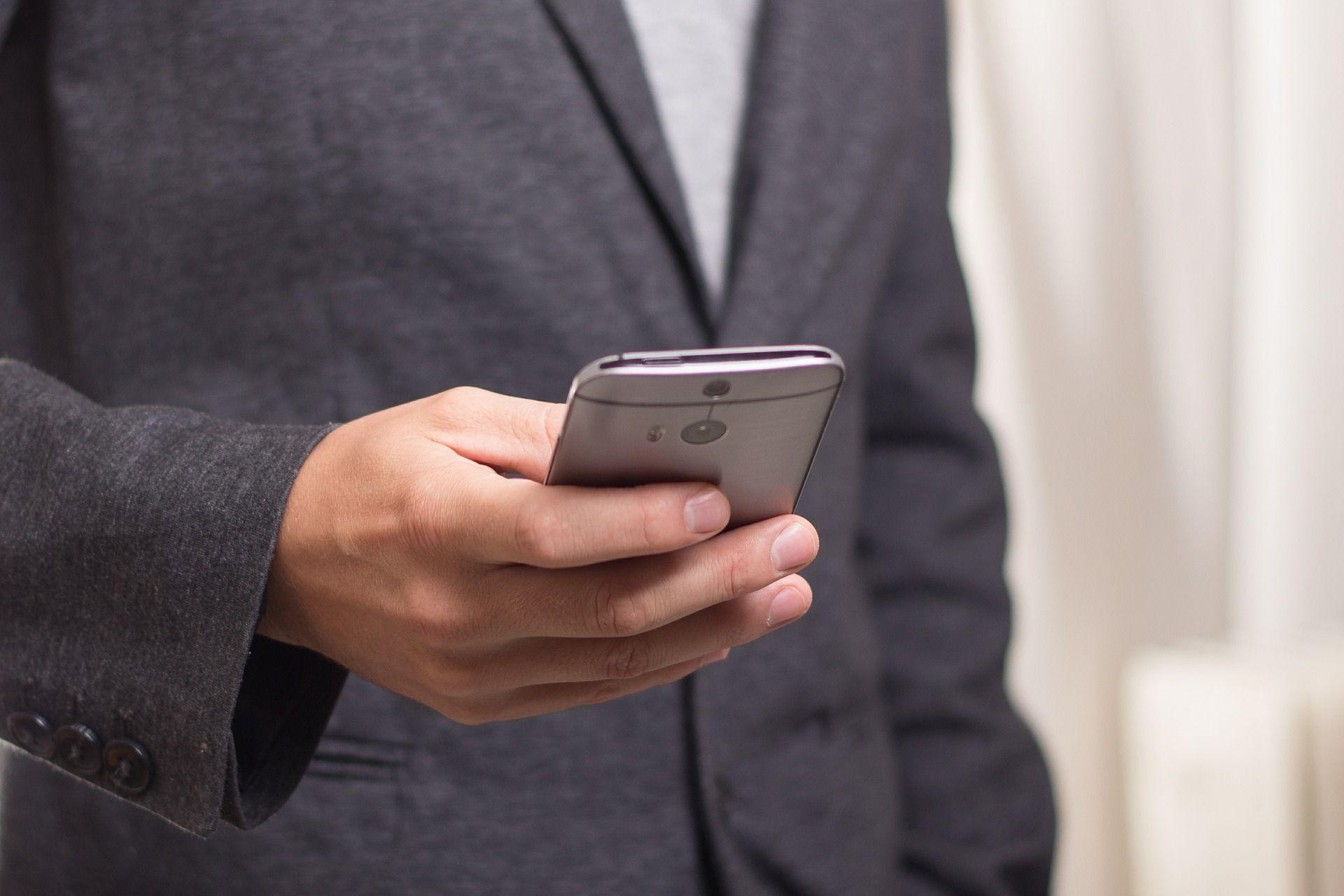 Avisos mediante SMS: Servicios de Farmacia-Óptica Ojeda