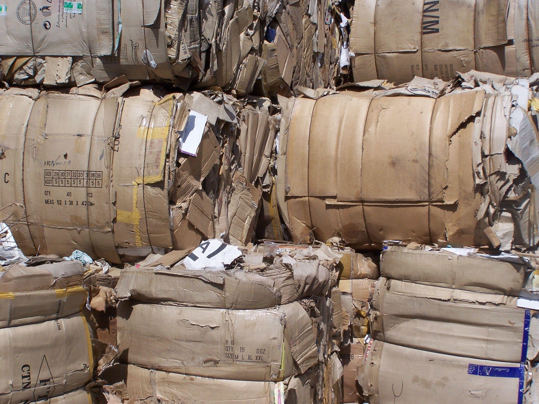 Reciclaje de papeles y cartones