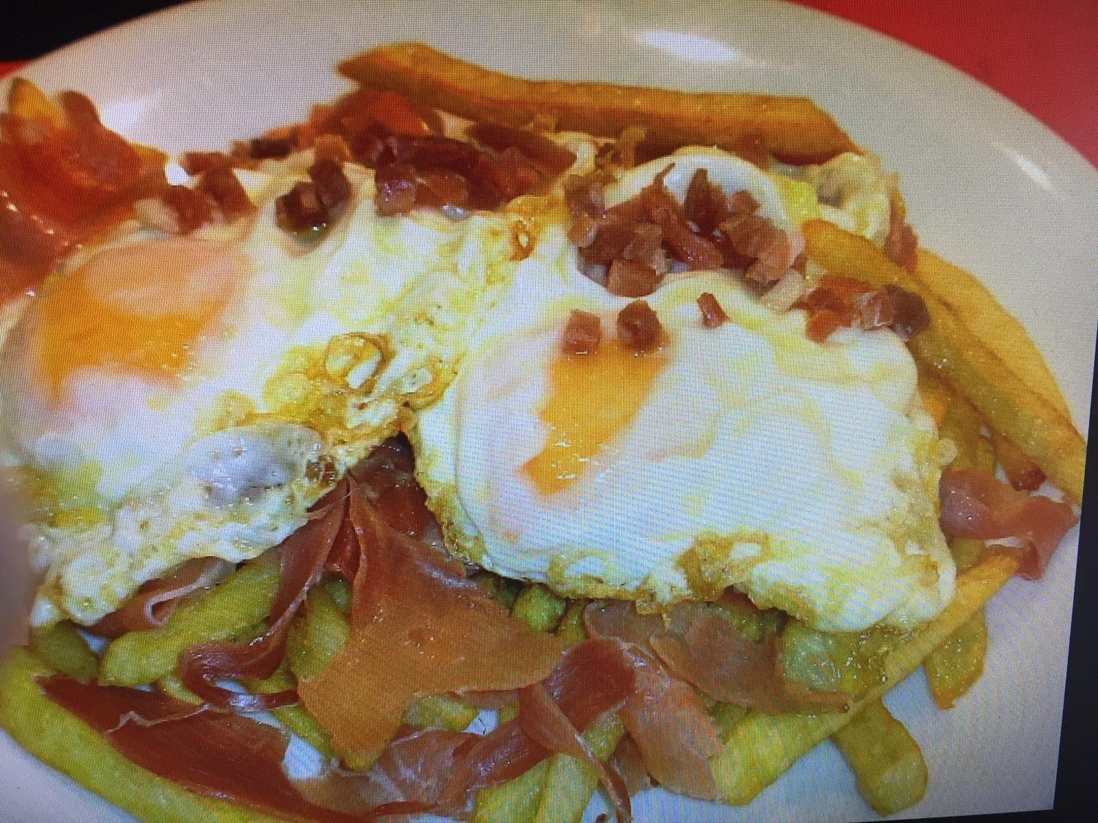 Patatas fritas: Carta de Cafetería Bar El Parnaso