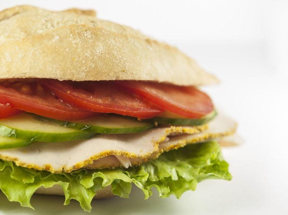 Baguettes especiales: Carta de Cafetería Bar El Parnaso
