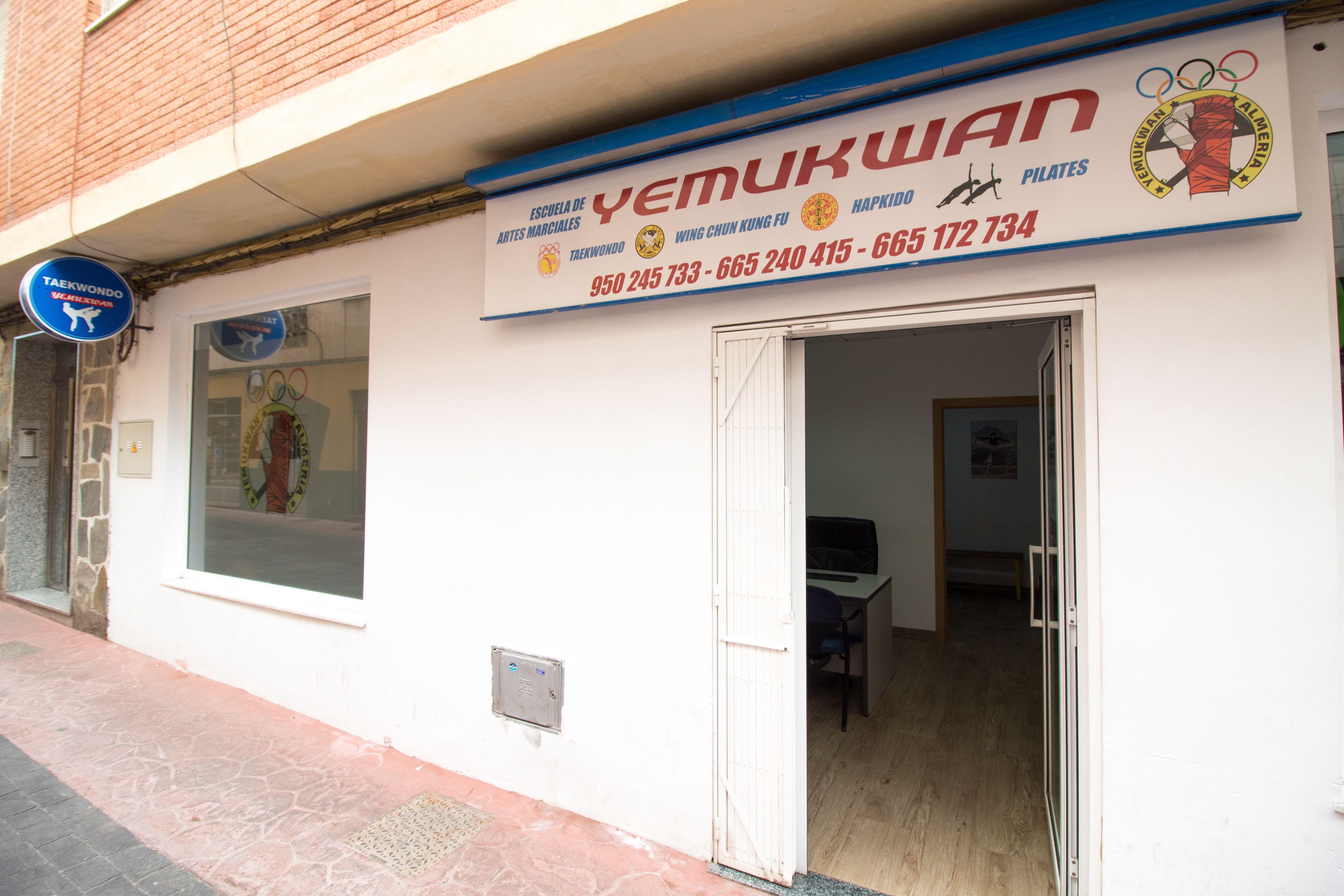 Foto 1 de Gimnasios en Almería | Yemukwan  Almería