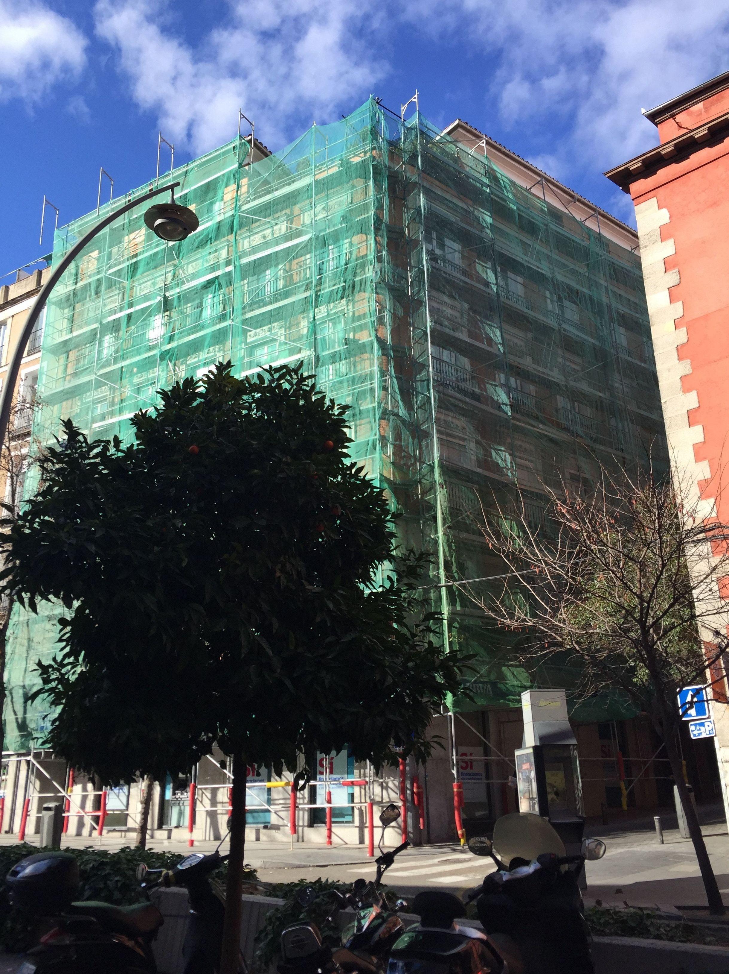 Empresa especializada en montaje y desmontaje de andamios en Madrid centro