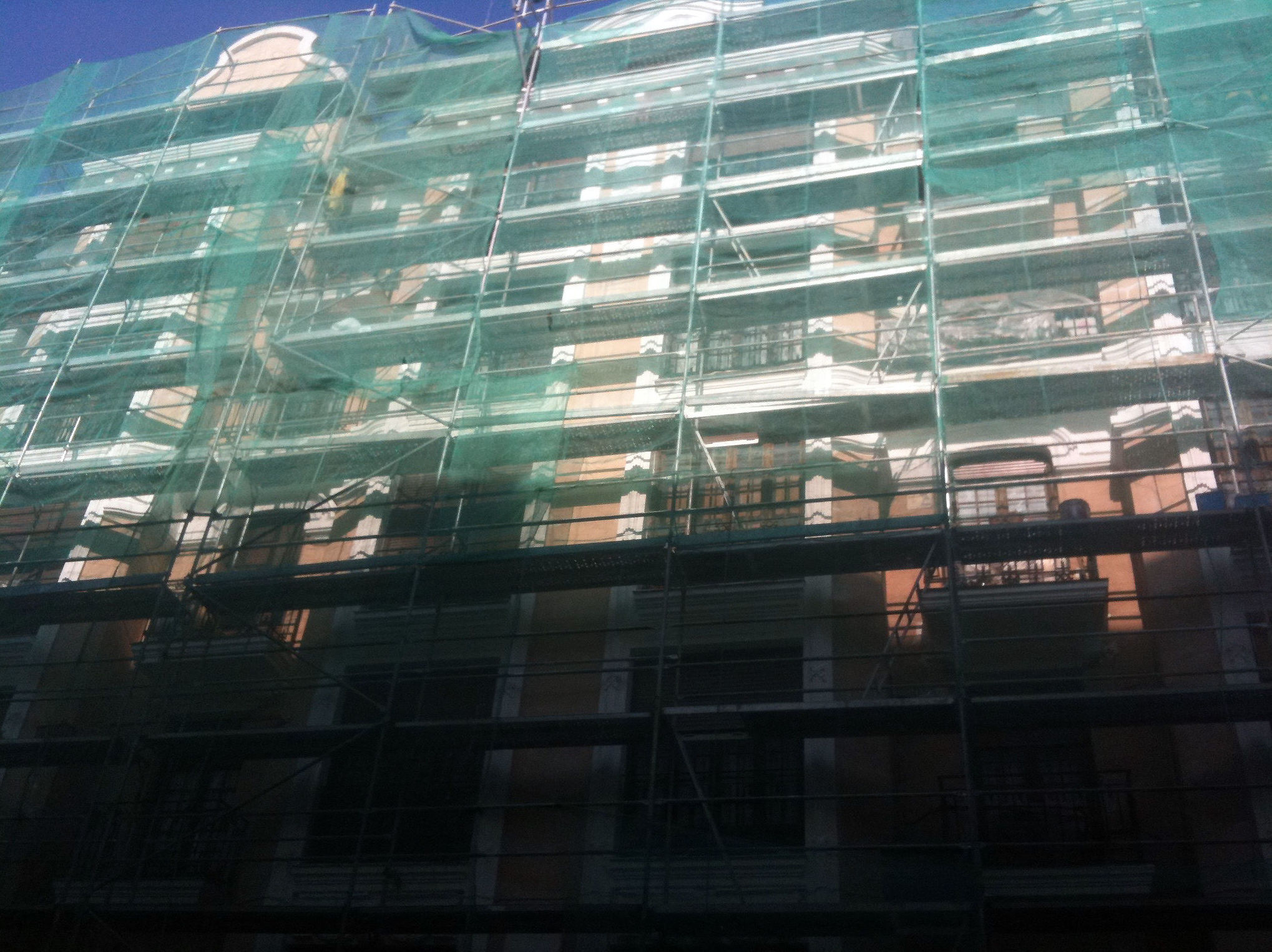 Montaje y desmontaje de andamios en fachada