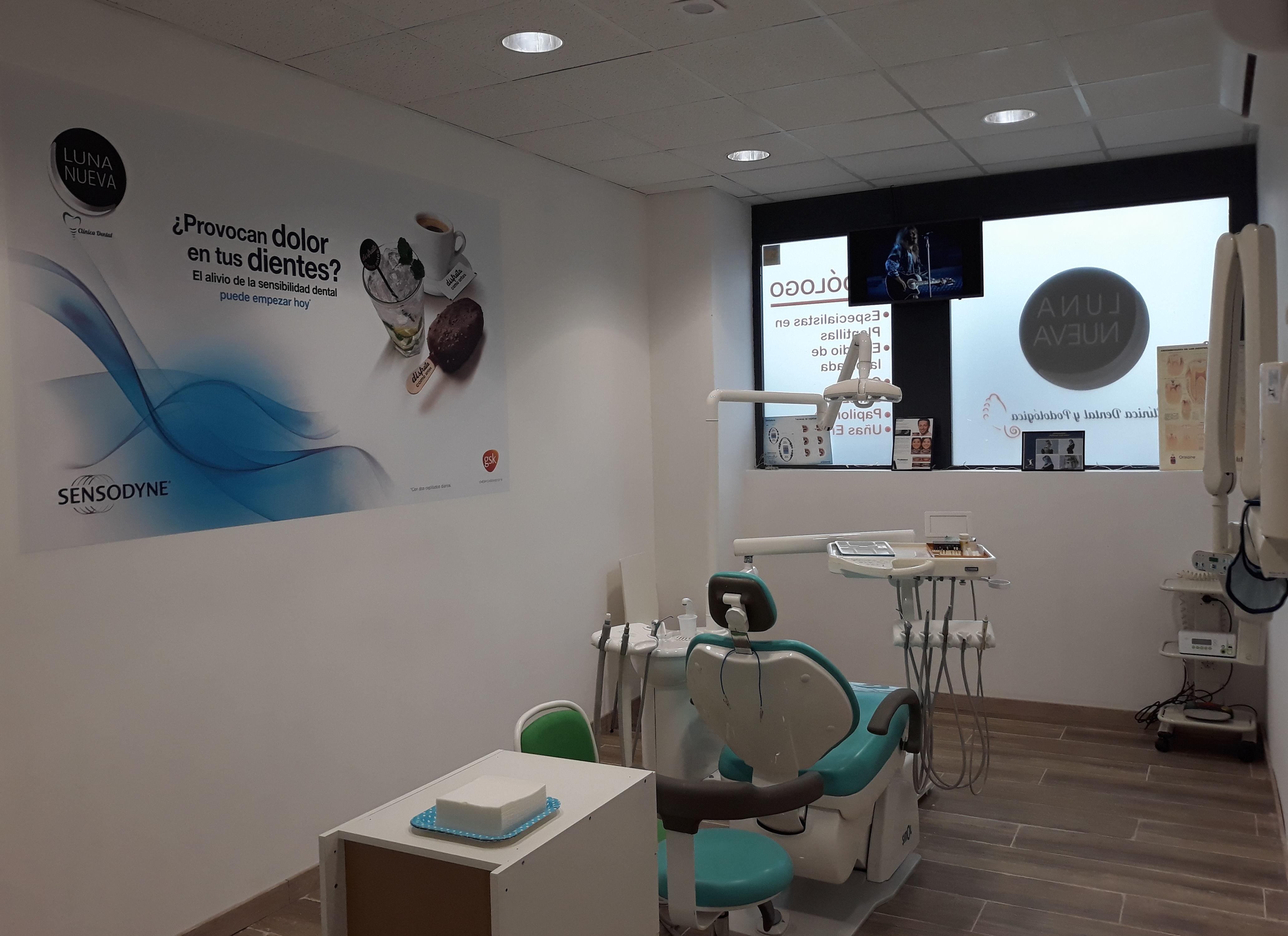 Foto 2 de Clínica dental y servicios de podología en Rivas-Vaciamadrid | Clínica dental y podológica Luna Nueva