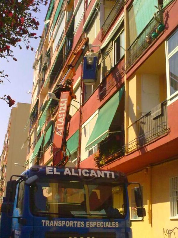 Foto 5 de Grúas móviles y polipastos en  | Grúas El Alicantí