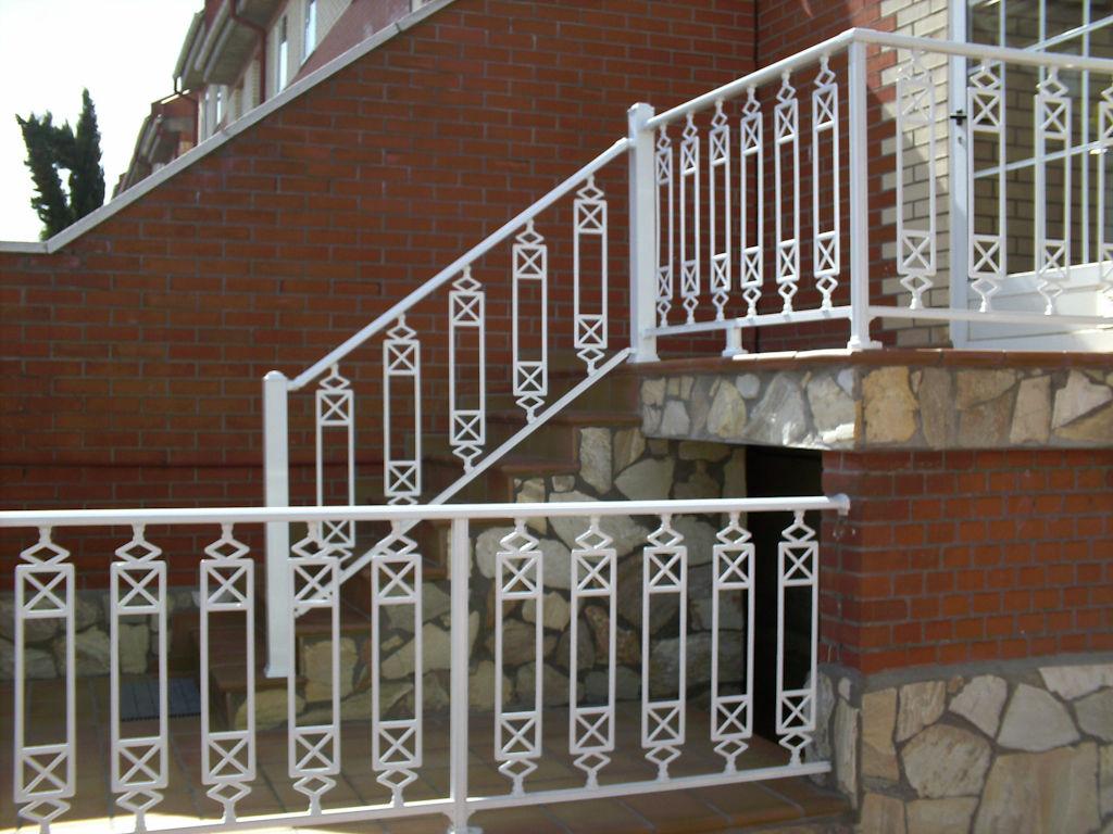 Foto 9 de Carpintería de aluminio, metálica y PVC en Pinto | Aluminco & Panel, S.L.