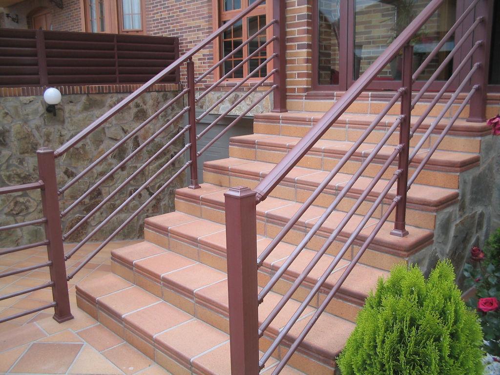 Foto 12 de Carpintería de aluminio, metálica y PVC en Pinto | Aluminco & Panel, S.L.