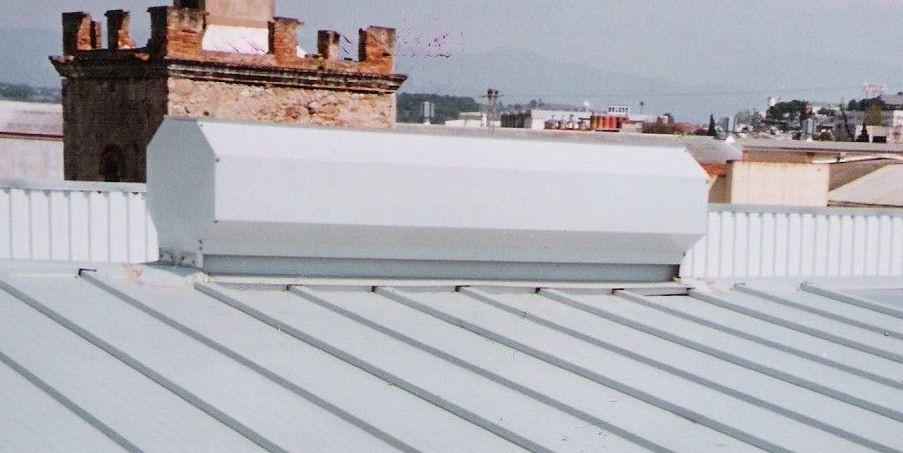 Ventilación estática sin consumo eléctrico en cumbrera.