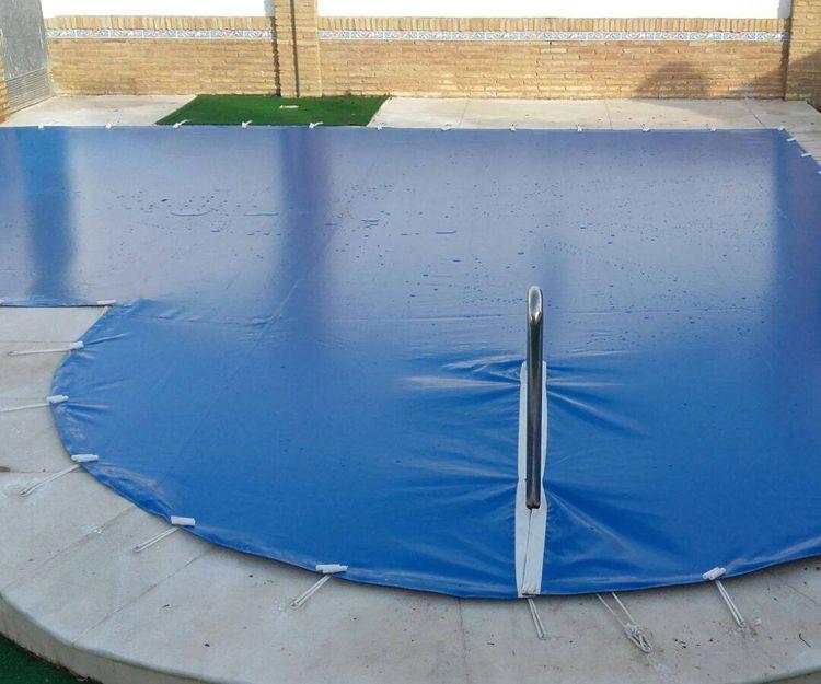 Venta de cubiertas de piscina en Huelva