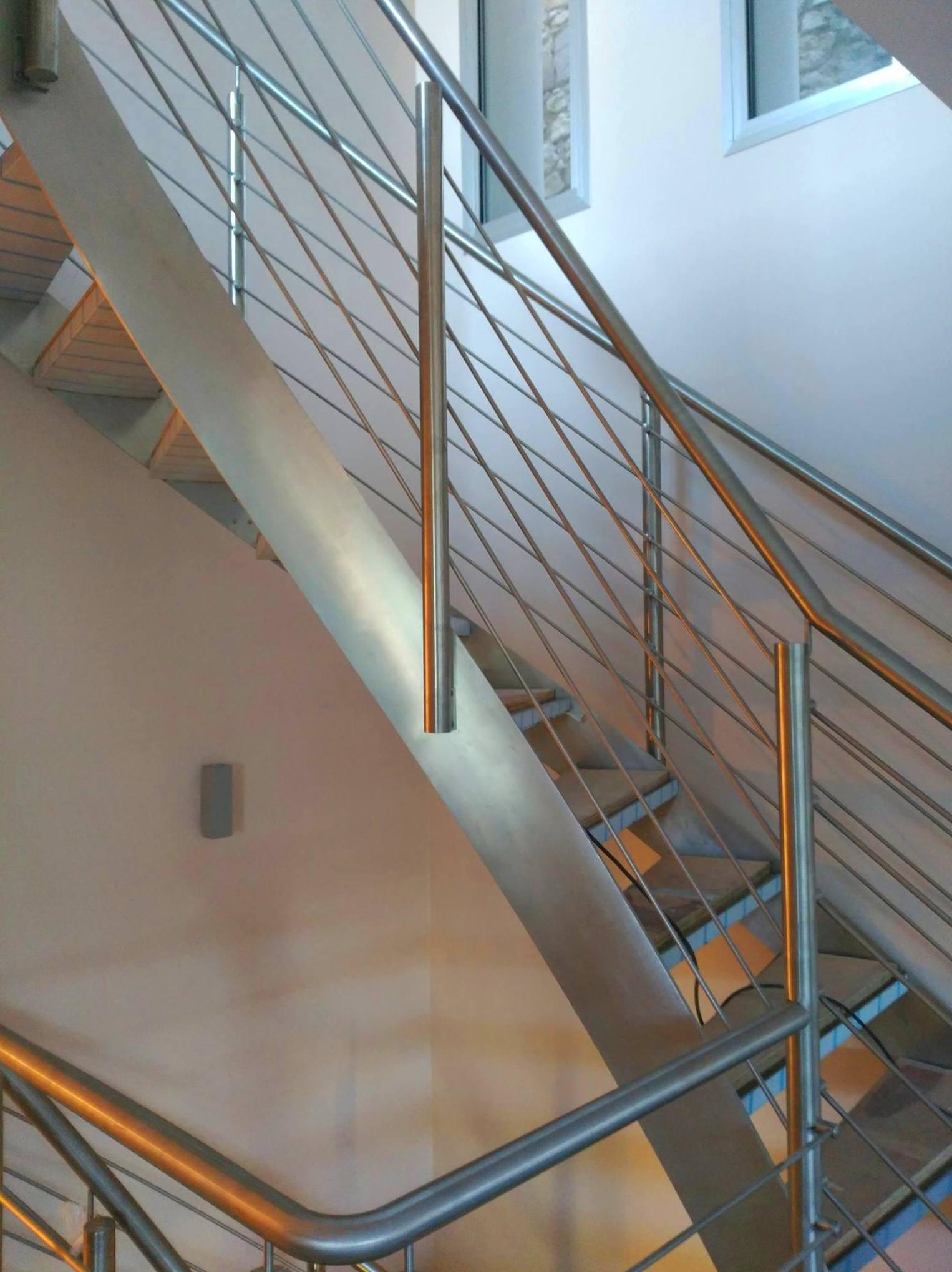 Foto 3 de Instalación de acero y acero inoxidable en Écija | Tamarit Guisado