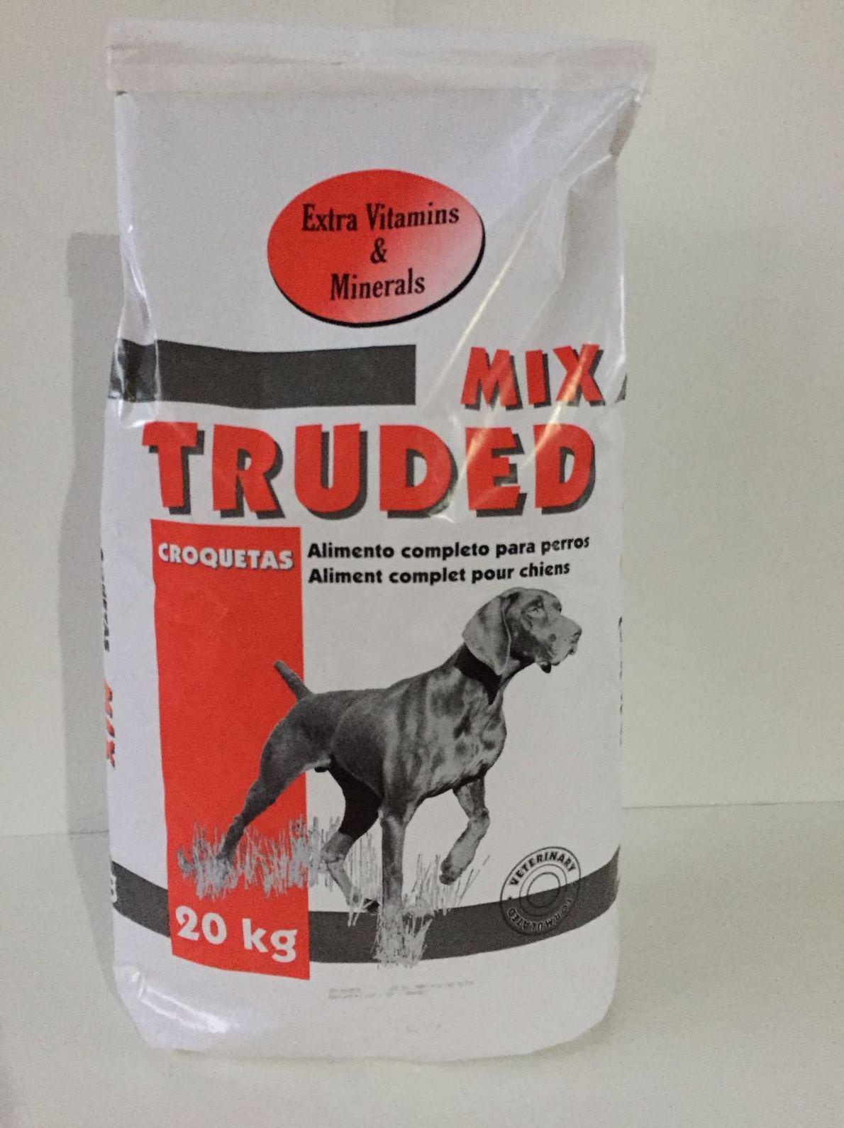 Alimento para perros con vitaminas extra